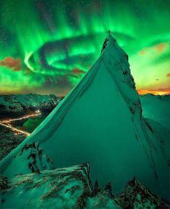 Aurora on the Mountain