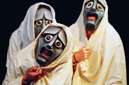 greek-tragedy-masks